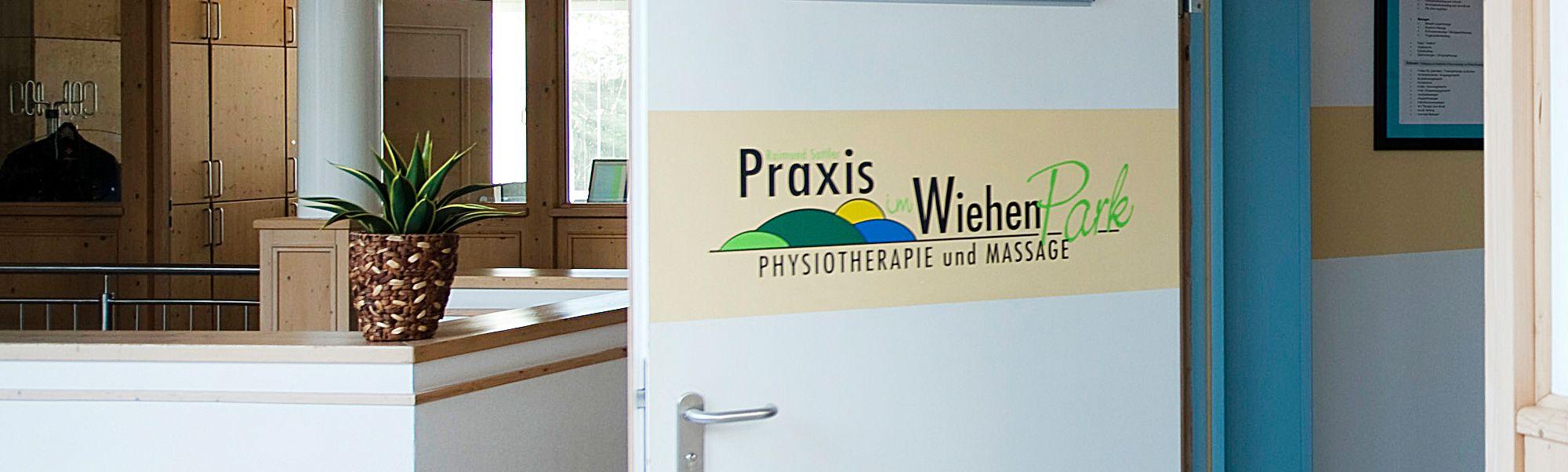 Praxis im Wiehen Park | Eingangstuer